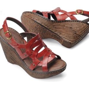 Born Genesis Wedge Sandals in Burnished Red